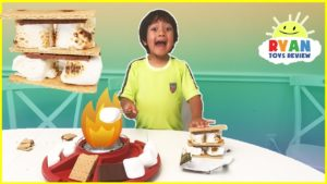 S'mores Maker DIY with Marshmallows Hershey's Chocolates! Ryan ToysReview Family Fun ...