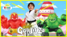 Ryan and Heroes of Goo Jit Zu Saves the World!