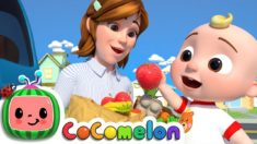Helping Song | CoCoMelon Nursery Rhymes & Kids Songs