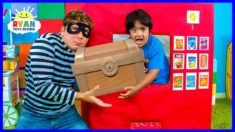 Ryan Pretend Play with Box Fort Vending Machine Snacks Toys!!!