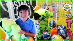 Ryan Won the Biggest Surprise in Giant Crane Machine!!!!