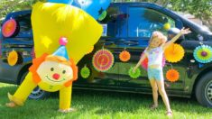 Nastya decorates a car for traveling
