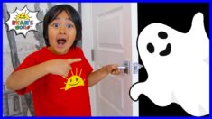 Ryan Pretend Play with Halloween Ghost Haunted House!!!