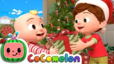 TomTom's Holiday Giving Story | CoComelon Nursery Rhymes & Kids Songs