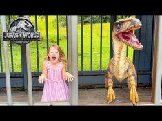 Nastya and Dad are exploring Jurassiс park in Hawaii