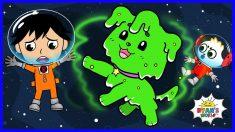 Astronaut Ryan found an Alien Puppy in Space | Cartoon animation for kids