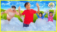 Ryan has a bubble  Foam Party with Family!